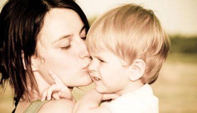 Ești mamă singură? Cum îți refaci viața