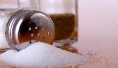 Incredibil! Cel mai folosit condiment poate provoca cancer la stomac