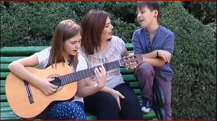 Geta Burlacu alături de Elvira și Sebi cântă piese patriotice!