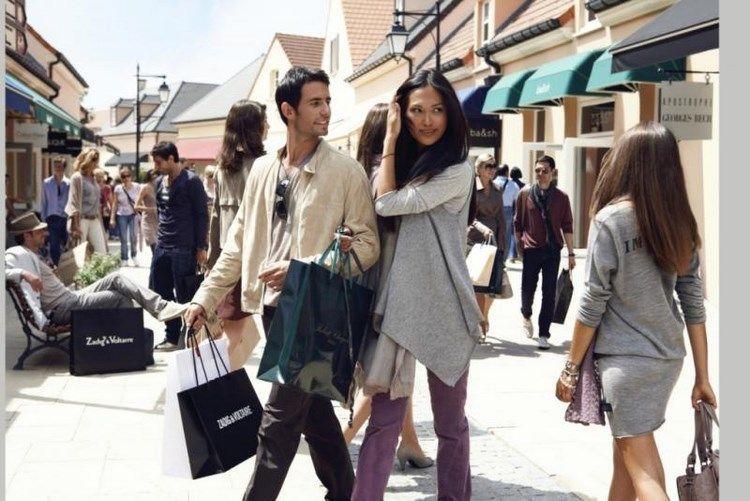 La shopping în Europa: reduceri mari la branduri renumite!