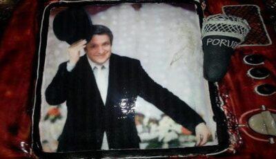 Andrei Porubin a primit în dar borcane cu compot, enciclopedii şi un tort cu poza sa!