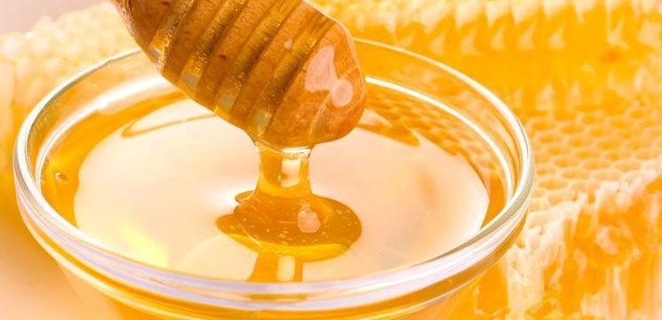 """Foto: """"Super-mierea"""", un aliment mai tare decât antibioticele!"""
