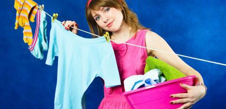 Foto: Cum speli hainele în funcție de stofă?