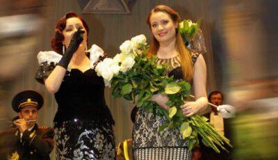 Olga Ciolacu îi transmite felicitări fiicei Alexandrina!