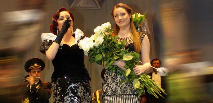 Foto: Olga Ciolacu îi transmite felicitări fiicei Alexandrina!