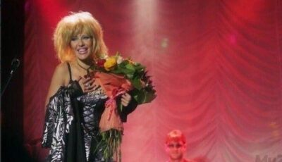 Ksenia Sobceak cântă chanson!