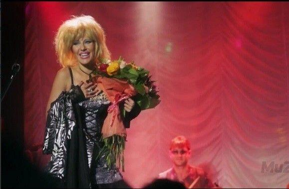 Foto: Ksenia Sobceak cântă chanson!