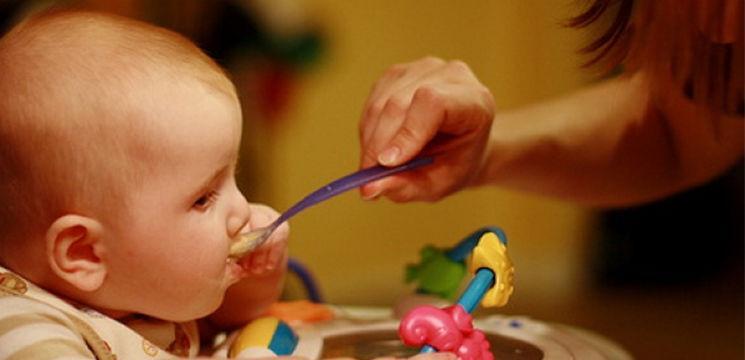Foto: Alimente antidiareice pentru copii