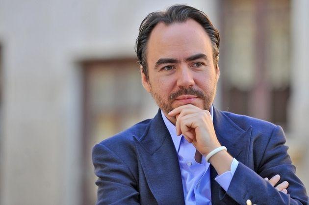 Milionar român îndrăgostit de moldoveancă