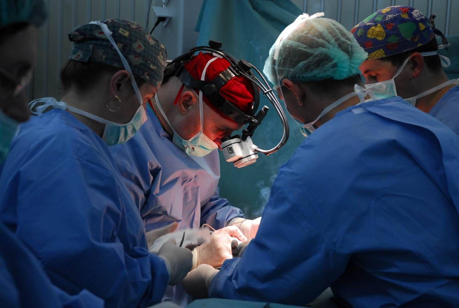 Foto: Incredibil! Transplant de şase organe