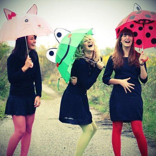 Foto: Ținute trendy pentru zilele ploioase!