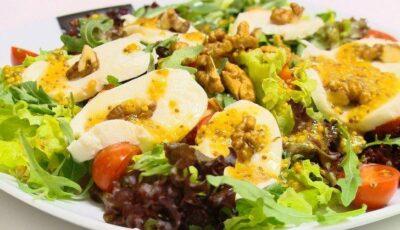 O salată delicioasă și sănătoasă. Rețeta de la Dara!