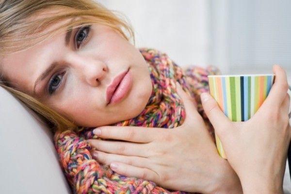 5 remedii naturale împotriva durerilor în gât