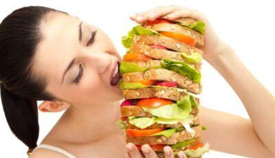 De ce mâncăm când suntem deprimați?