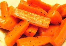 Sote de morcovi cu busuioc. O garnitură ideală
