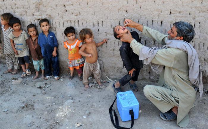 Europa, amenințată de poliomielită!