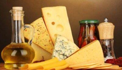 Top 4 tipuri ciudate de brânză. Ai mâncat aşa ceva?