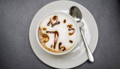 La ce oră trebuie să îți bei cafeaua?