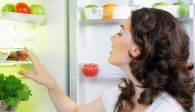 Factorii care influențează ce și cât mâncăm, fără să ne dăm seama