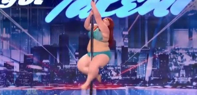 Cea mai sexy grăsuță care dansează la bară!