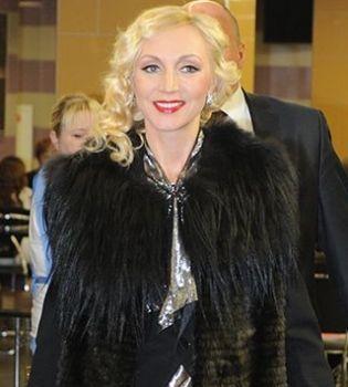 Kristina Orbakaite nu dă niciun semn de divorț!