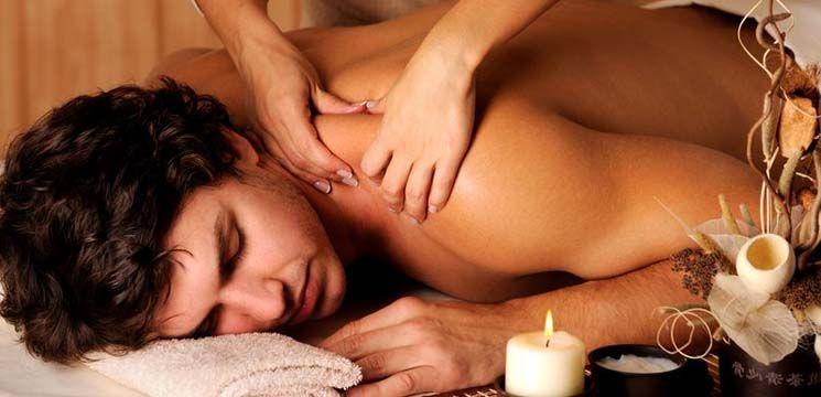 Secretele unui masaj erotic făcut ca la carte!