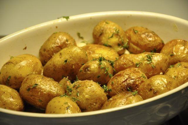 Cartofii copţi combat constipaţia
