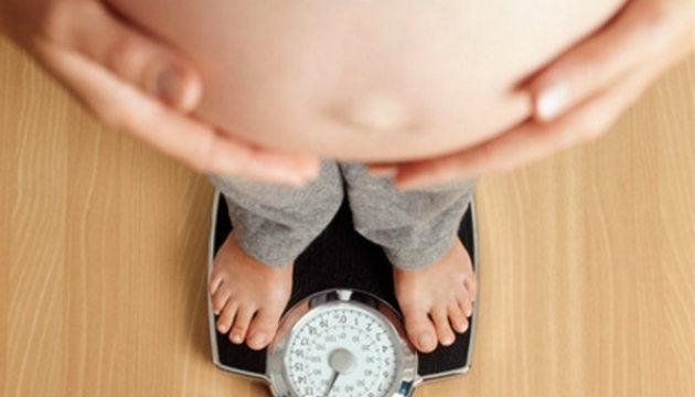Foto: O gravidă poate să mănânce doar cu 150 gr mai mult decât o femeie neînsărcinată