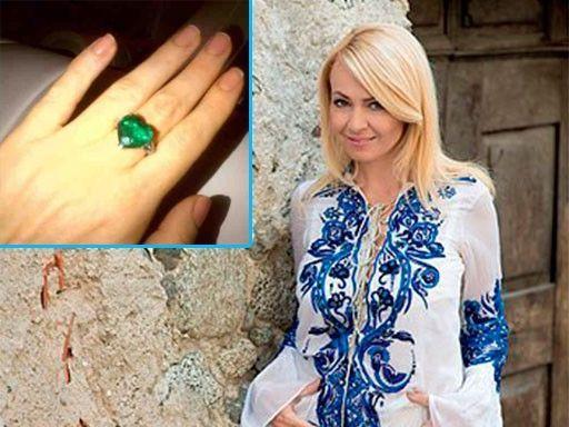 Moldovencele au și ele pretenții la cadouri! Top 10 daruri așteptate de femeile de afaceri din Moldova!