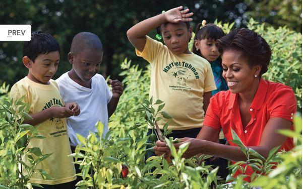Michelle Obama învaţă americanii cum să mănânce sănătos