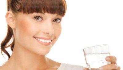 Detoxifierea facială, soluţia unui ten perfect de sărbători