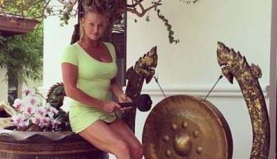 Anastasia Volochkova, cu formele apetisante la vedere!