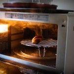 Foto: Mâncarea la microunde poate cauza cancer la stomac
