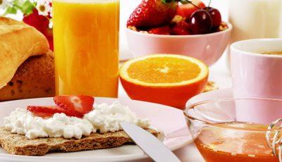 Te îngraşi, dacă sari peste micul dejun!