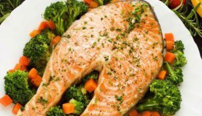 Somon cu broccoli pentru o cină perfectă!