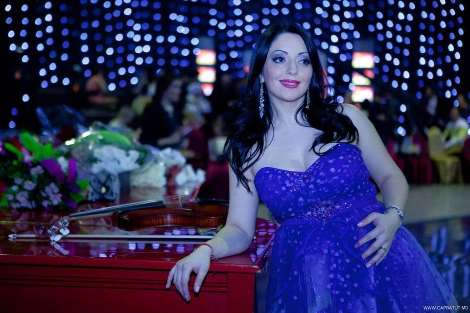 Mariana Șura vrea să nască natural pe fundalul melodiei preferate!