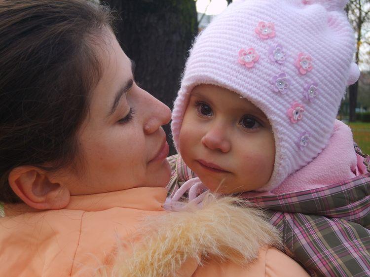 Anual în Moldova se nasc circa 200 de copii cu viciu cardiac. Dina este unul din ei!