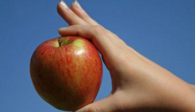 Legumele şi fructele cu cele mai multe pesticide – statistica pe 2013