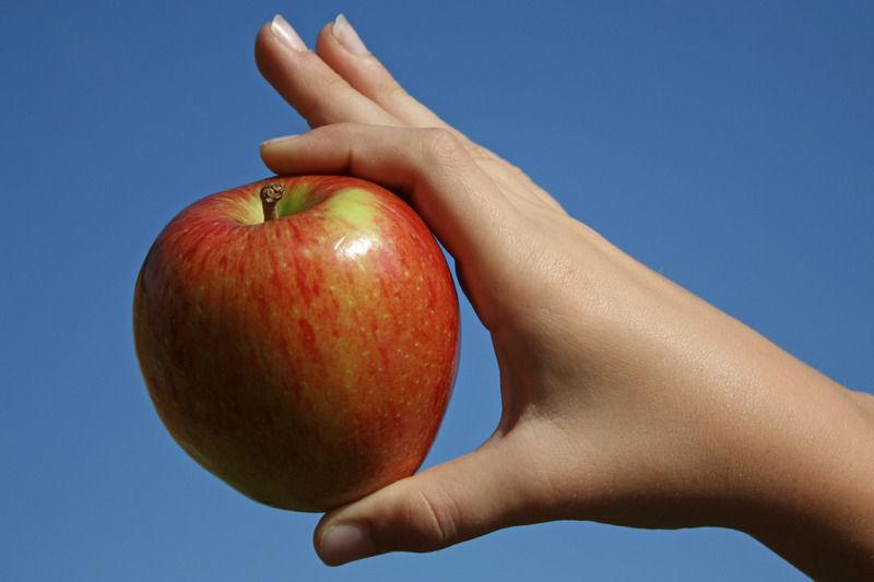 Foto: Legumele şi fructele cu cele mai multe pesticide – statistica pe 2013