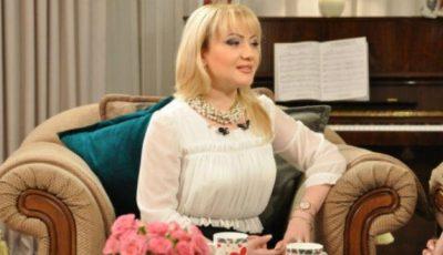 Adriana Ochișanu vrea o rochie de mireasă…