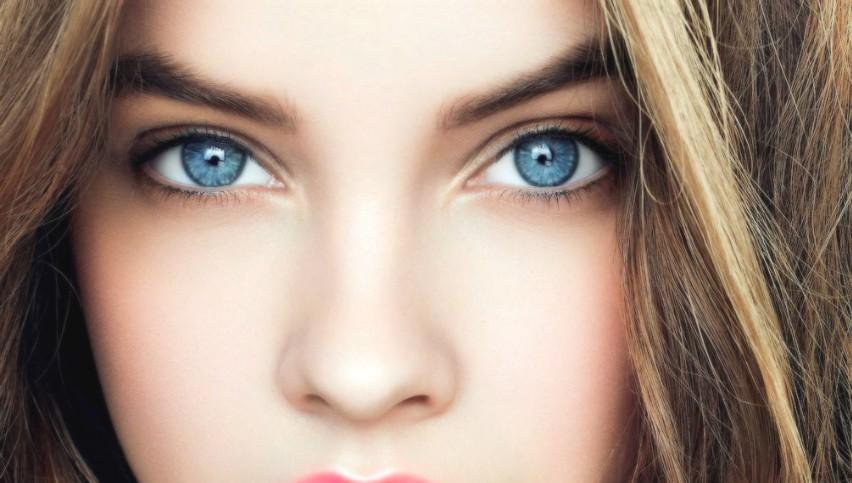 Foto: Persoanele cu ochii albaştri sunt mai predispuse la anumite afecțiuni oculare, potrivit unui studiu