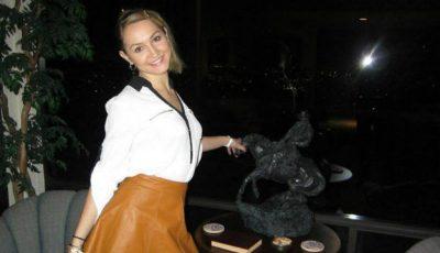 "Ea va reprezenta Moldova la ""Queen of the Universe 2014"""
