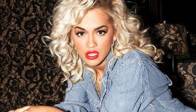 Dezastru! Rita Ora, în pijamale şi papuci de plastic pe stradă!