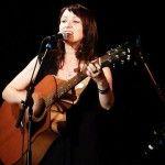 """Foto: Victoria Mahu vrea să revină! O mai ții minte pe fata cu chitara din """"Millenium""""?"""