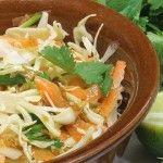 Foto: Salată de varză în stil asiatic