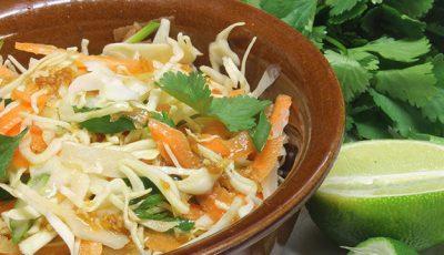 Salată de varză în stil asiatic