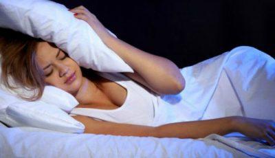 Insuficiența de somn te îngrașă!