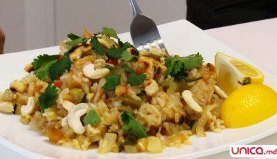 Ideal pentru slăbire: orez cu legume