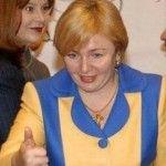 Foto: Ex-soția preşedintelui Vladimir Putin poartă haine în culorile drapelului Ucrainei!