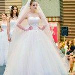 Foto: Parada rochiilor de mireasă la gala Wedding Fashion Show! Ce se poartă în 2014